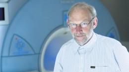 Dr. Wilhelm Ruempler