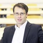 Prof. Dr. Steffen Warmbold,