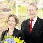 Sigrid Vossers, hier mit Landrat Manfred Nahrstedt