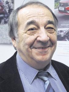 Dieter Trzaska ist bereits seit den 1960er-Jahren für Lada tätig und seit 1999 Geschäftsführer der Lada Automobile GmbH in Buxtehude.