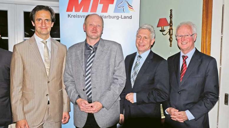 14-1021-24-MIT-mit-Dirk-Jaeger