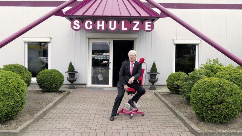 Helmut Schulze