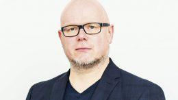 Dr. Christian Salzmann.