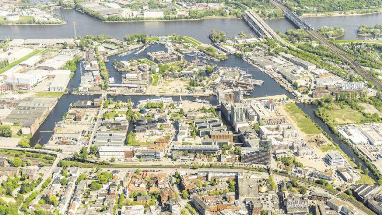 Der Channel Hamburg aus der Piloten-Perspektive: Die erste Dekade des dritten Jahrtausends stand ganz im Zeichen der A380-Entwicklung. Foto: channel hamburg e.V. /Falcon Crest