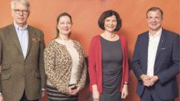 Sophie Fredenhagen mit Vorstandsmitgliedern